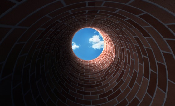 Fundo do poço, ouvidos abertos - Universal.org - Portal Oficial da Igreja  Universal do Reino de Deus - Universal.org – Portal Oficial da Igreja  Universal do Reino de Deus