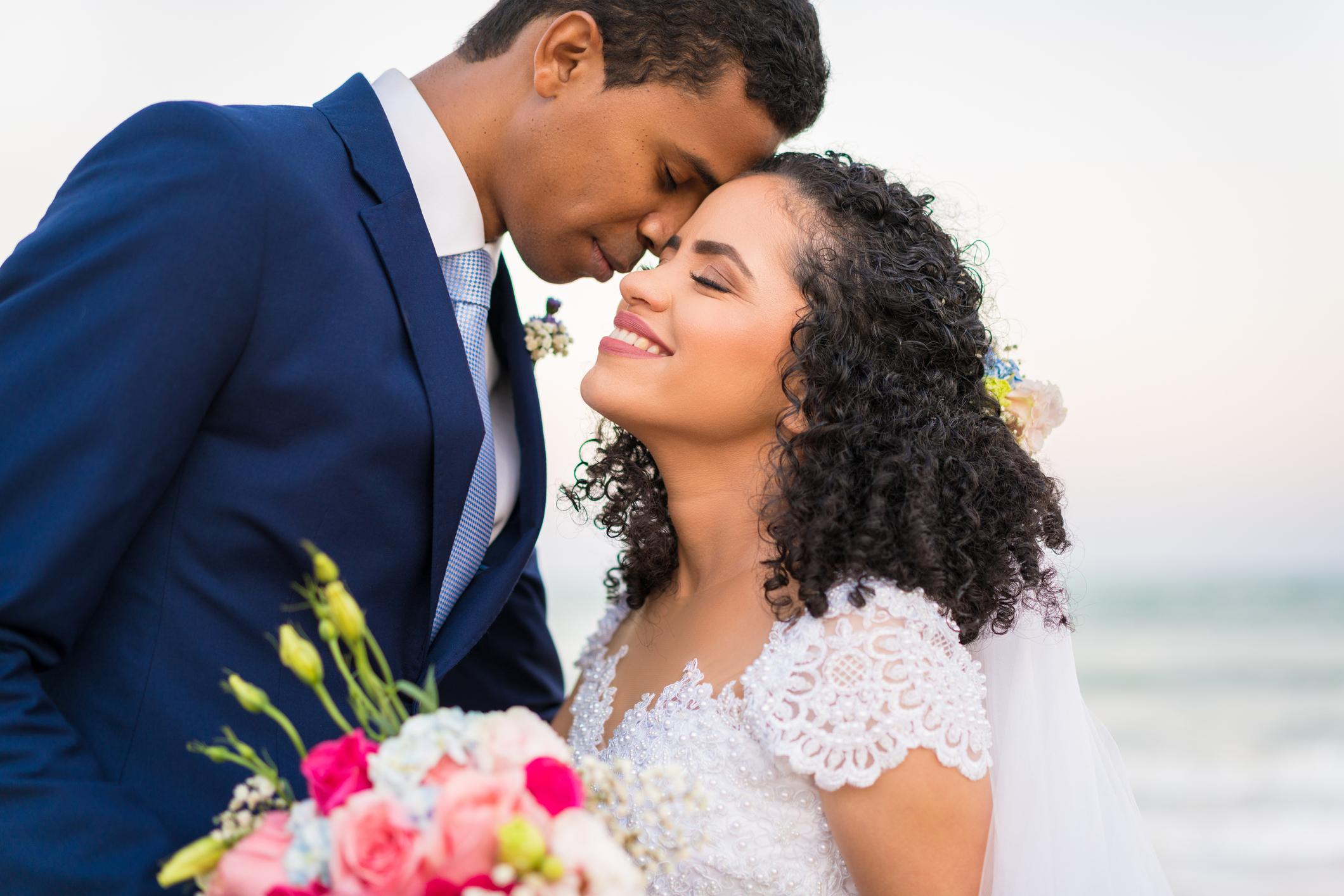 Igreja Universal celebra maior casamento simultâneo já realizado no Brasil