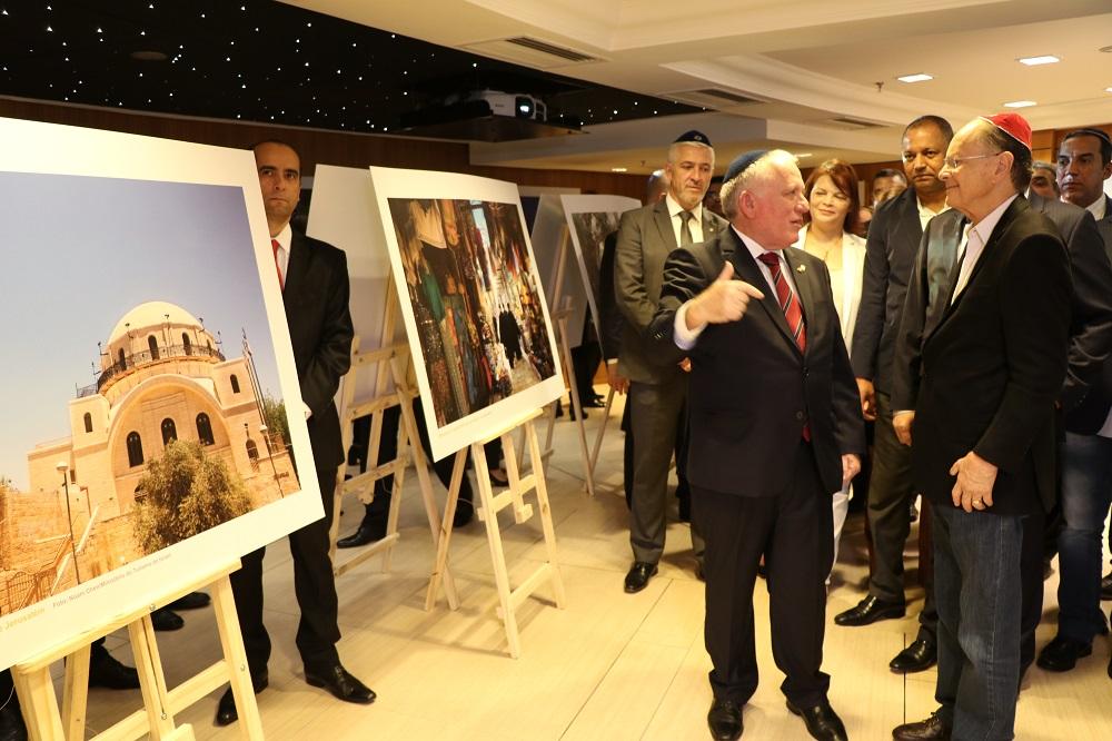 """""""Jerusalém – A Cidade da Fé"""": exposição é inaugurada no Templo de Salomão"""