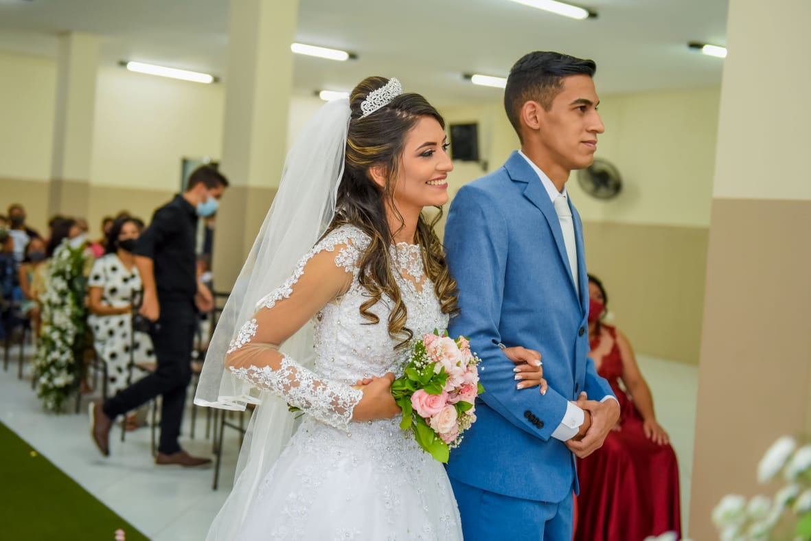 Casei na Universal: Pastor Felipe e Viviane