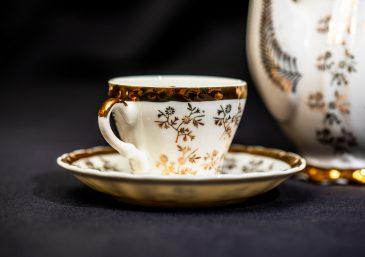 A confiança e a porcelana