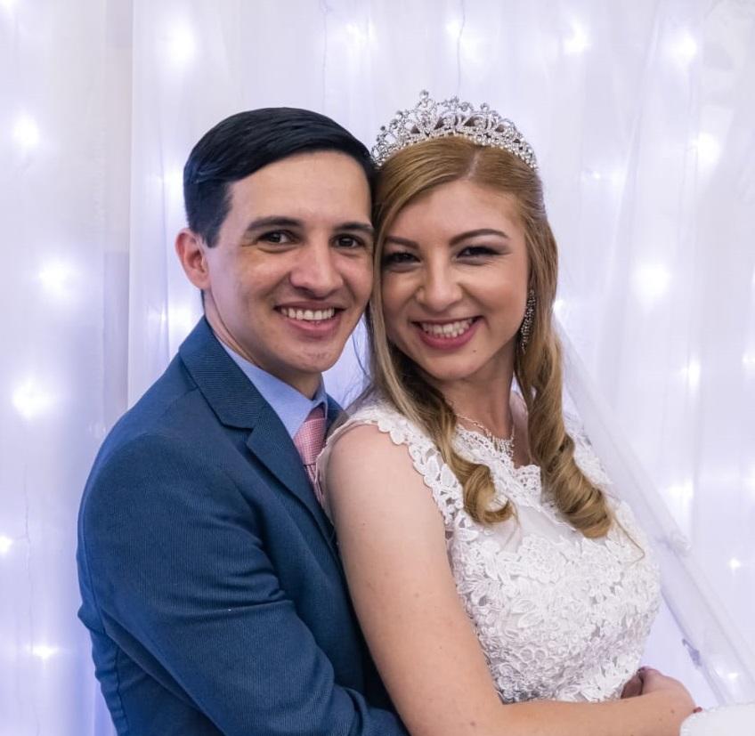 Casei na Universal: Pastor Carlos e Priscila