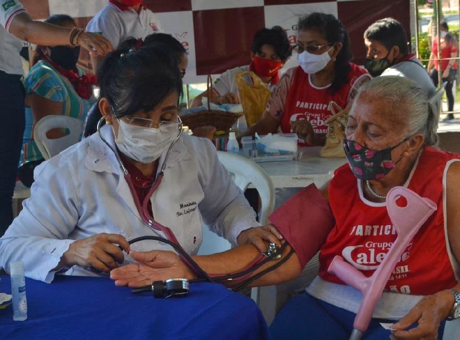 Calebe realiza ação de cuidados com a saúde e serviços gratuitos