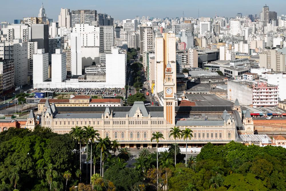 Museu da Língua Portuguesa embarca no movimento da esquerda e gera desconforto