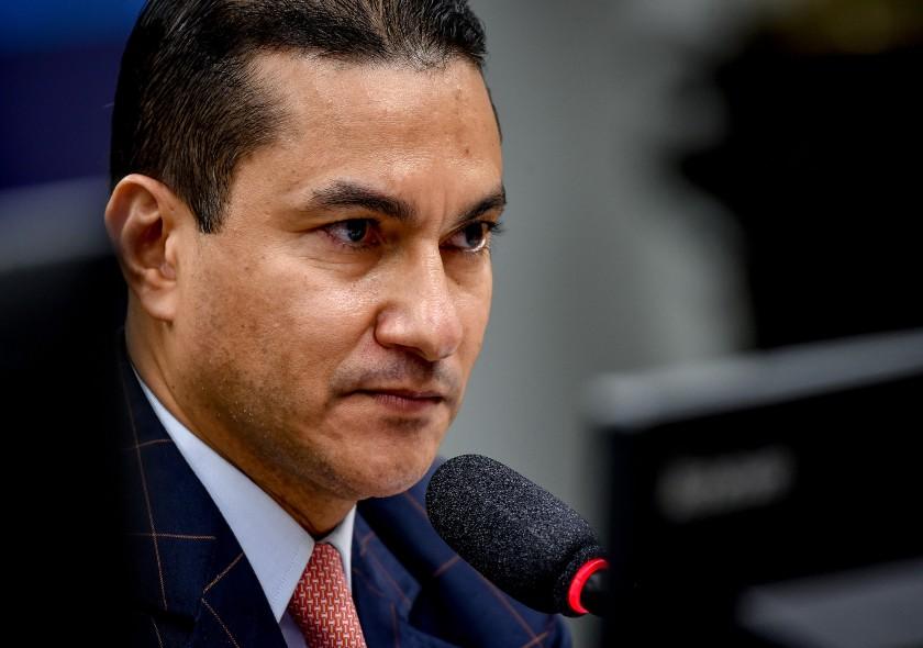 Aprovado PL de Marcos Pereira que protege empresas contra bloqueio de bens