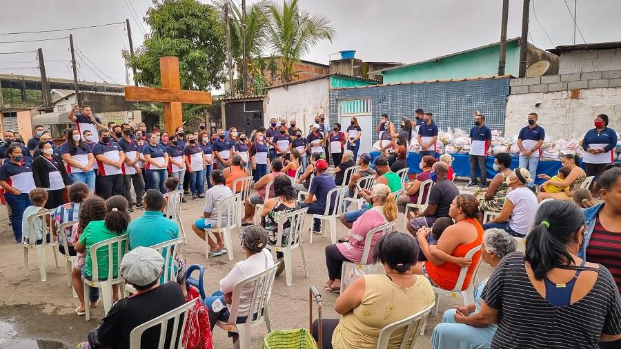Mais de 450 pessoas foram beneficiadas na Praia Grande (SP)