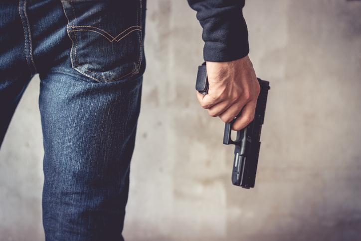O que a ação do médico que sacou arma em pizzaria tem a ver com você