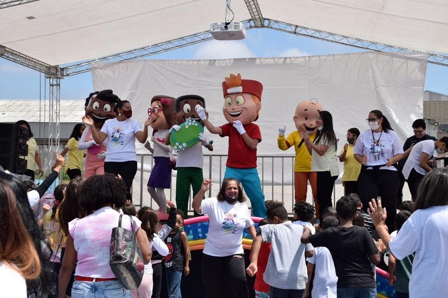 Ações em alusão ao 'Dia das Crianças' atendem milhares em todo o Brasil